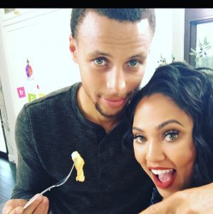 Photo Ayesha Curry And Husband Steph Curry Lovely National Spouse