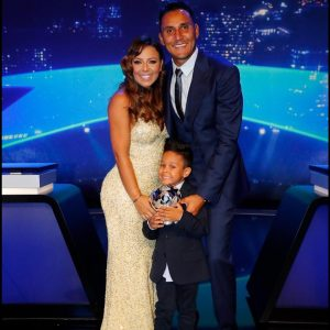 Keylor Navas shares his UEFA award with family