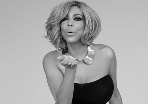 Wendy Williams drops her wedding ring with a giant diamond ring