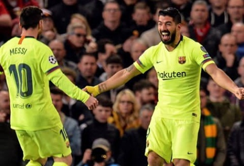 Barcelona beats Manchester United 0-1 at Old Trafford