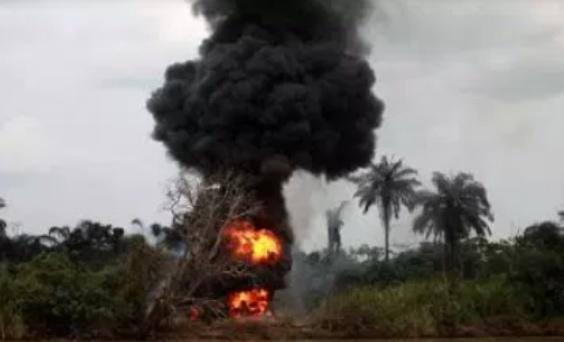Breaking: Five oil wells on fire in Ajegunle-Ikorigho Ondo State