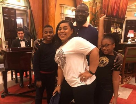 Ayiri Emami shares a fun family photo in new post