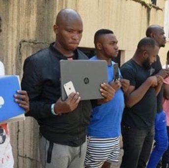 EFCC nabs 10 suspected Yahoo-Yahoo boys in Abuja