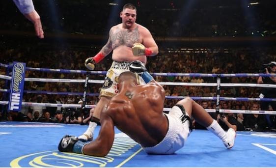 PHOTO: Andy Ruiz knocks out Anthony Joshua