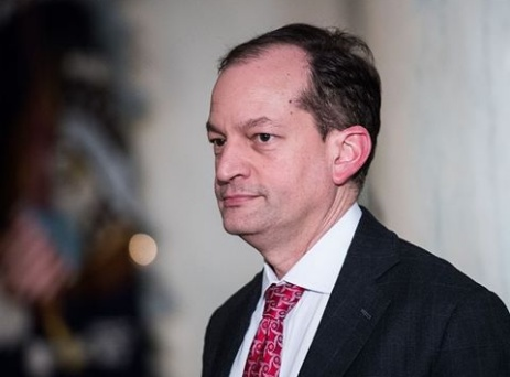 Jeffrey Epstein: Labour Secretary Alex Acosta to resign