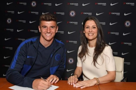 Mason Mount signs new contracts as he commits future to Chelsea