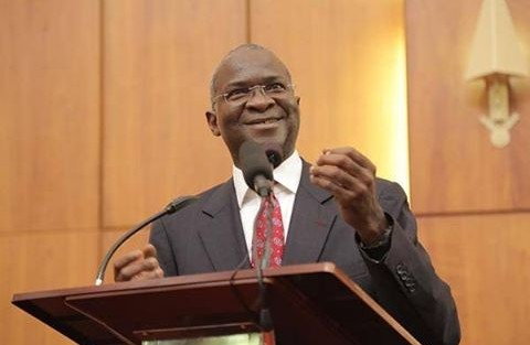 Fashola calls for support from NASS to complete on-going projects