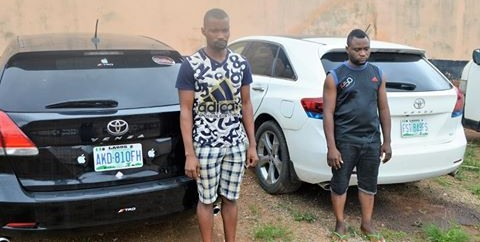EFCC arrests Two Yahoo-Boys In Ibadan, recovers cars, others