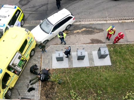 An armed man rams into pedestrians with an Ambulance in Oslo