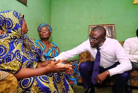 Governor Sanwo-Olu Visits Family Of Slain LASTMA Official
