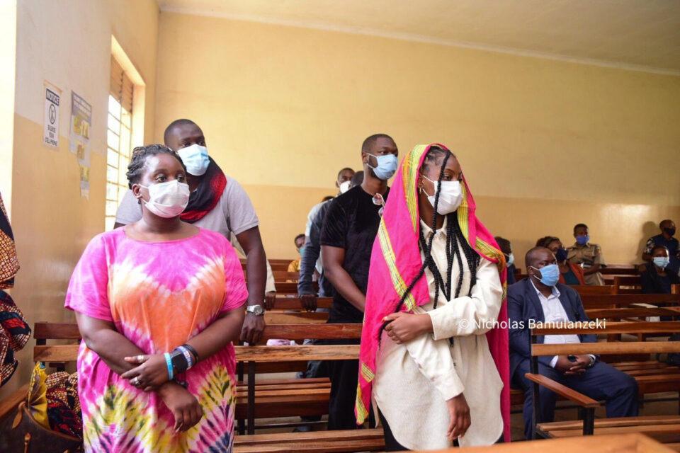 Fans React As TEMS Calls Out Uganda Singer Bebe Cool