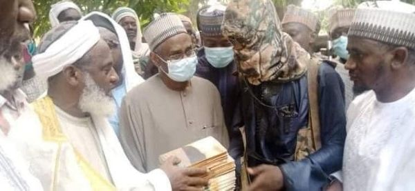 Sheikh Gumi Meets With Kidnappers Of Kagara Students