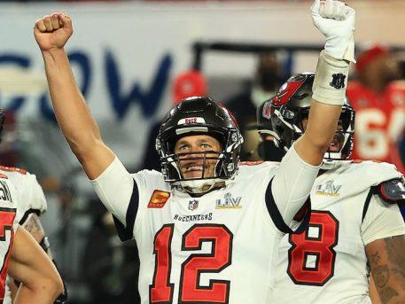 Tampa Bay Buccaneers: Tom Brady Wins Super Bowl LV