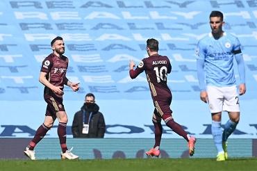 10-Man Leeds United Beat Manchester City 1-2 At Etihad
