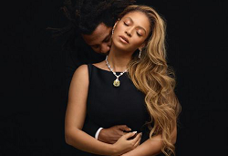 Beyonce's latest Post Confuses Fans About Being Pregnant